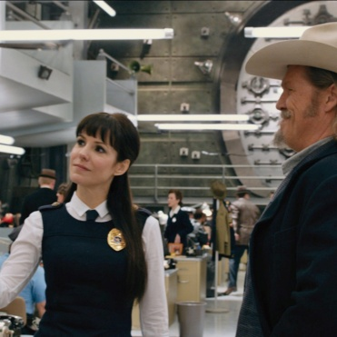 Ryan Reynolds and Jeff Bridges Image Courtesy Universal Pictures (Australia)